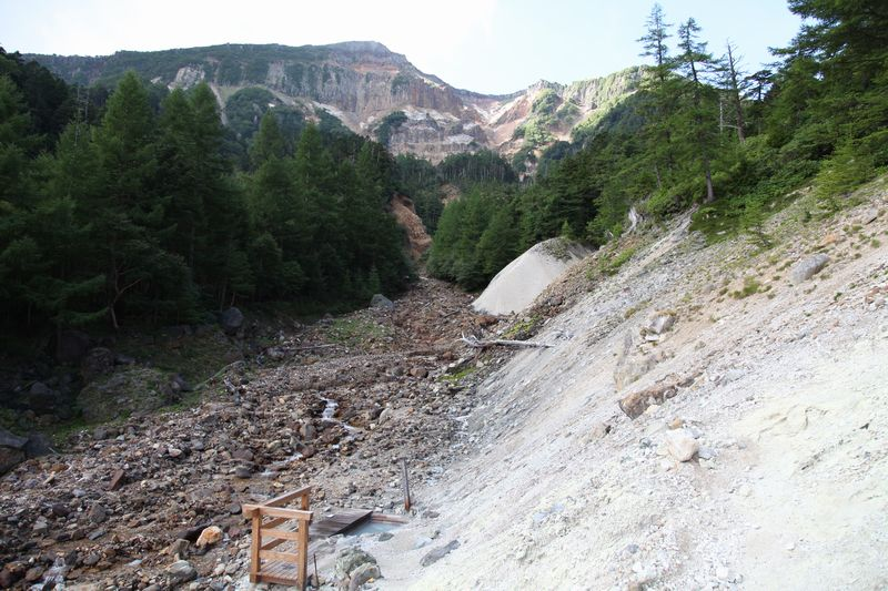歩いてしかいけない日本最高所の露天風呂に入る 八ヶ岳 本沢温泉【長野県の温泉】