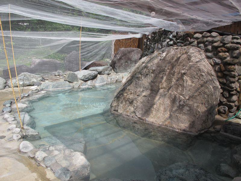 登山者に人気の露天風呂 白馬八方温泉 おびなたの湯(おまけ付き)