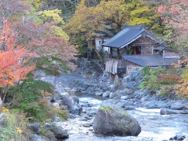日本一の広さの露天風呂!呆れるくらい広い露天風呂!宝川温泉 汪泉閣