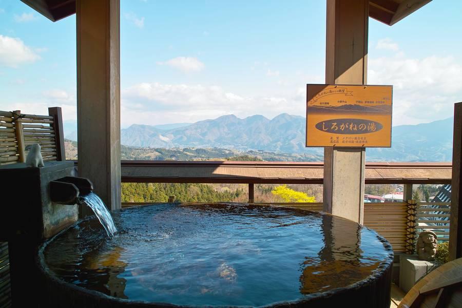 個室露天風呂付きの客室でのんびりと名湯を楽しむ! 伊香保温泉 お宿 玉樹