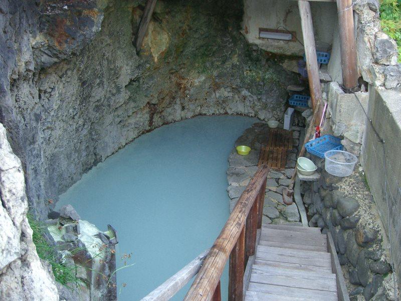 名物 洞窟岩風呂と川沿いの温泉を堪能する!松川温泉 松楓荘【岩手の温泉】