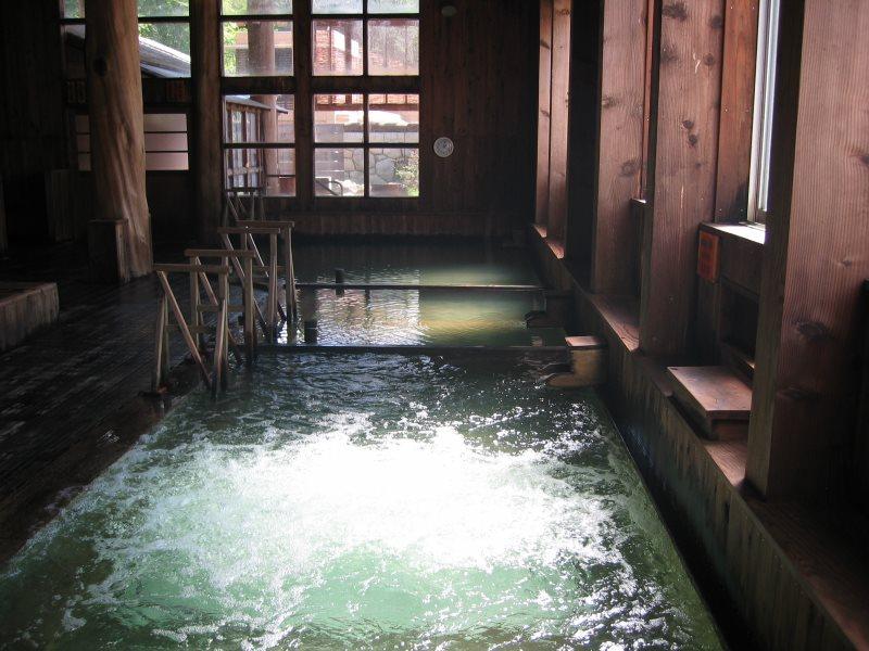 日本一の強酸性、奇跡の温泉に入る!玉川温泉 ぶなの森玉川温泉 湯治館 そよ風【秋田県の温泉】