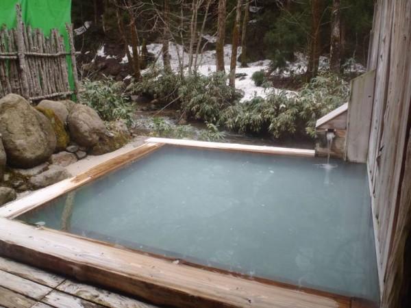 秋田 駒ヶ岳温泉 貸切露天風呂