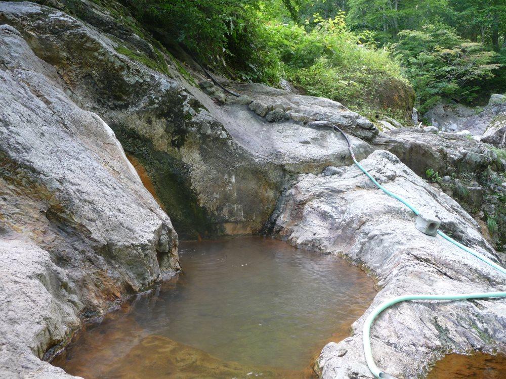 自然と一体になって入れる半分野湯の露天風呂!平田内温泉 熊の湯【北海道の温泉】