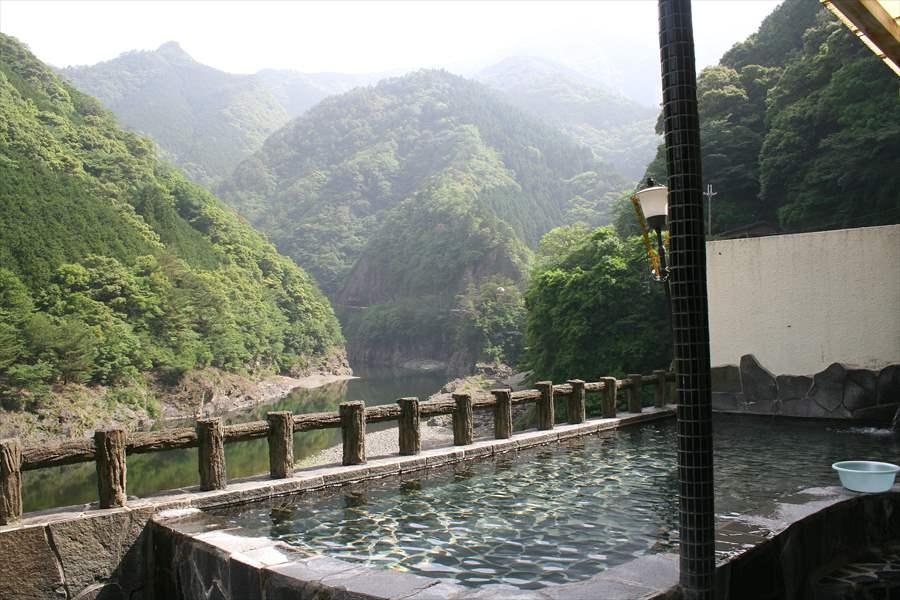 そっとしておきたい山間の秘湯の宿に泊まる!湯泉地温泉 やど湯の里【奈良県の温泉】