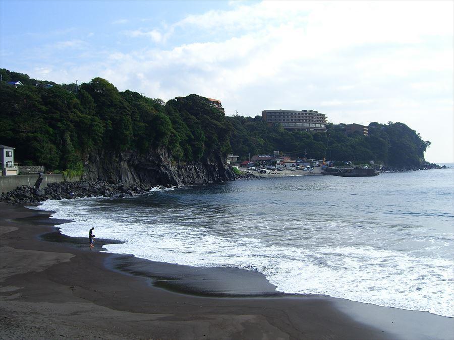 無料で入れる眺めの良い海の露天風呂!赤沢温泉 赤沢共同露天風呂【静岡県の温泉】