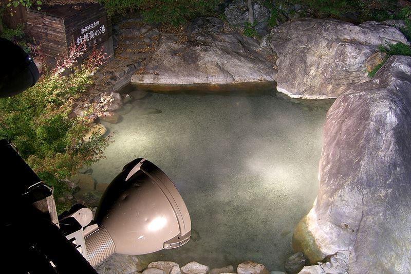 ぬるめのお湯でのんびり入浴!新穂高温泉 新穂高の湯【岐阜県の温泉】