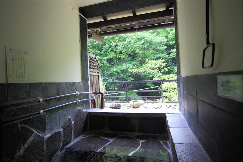 箱根で個室露天風呂付き客室に安く泊まる!塔ノ沢温泉 一の湯本館【神奈川県の温泉】