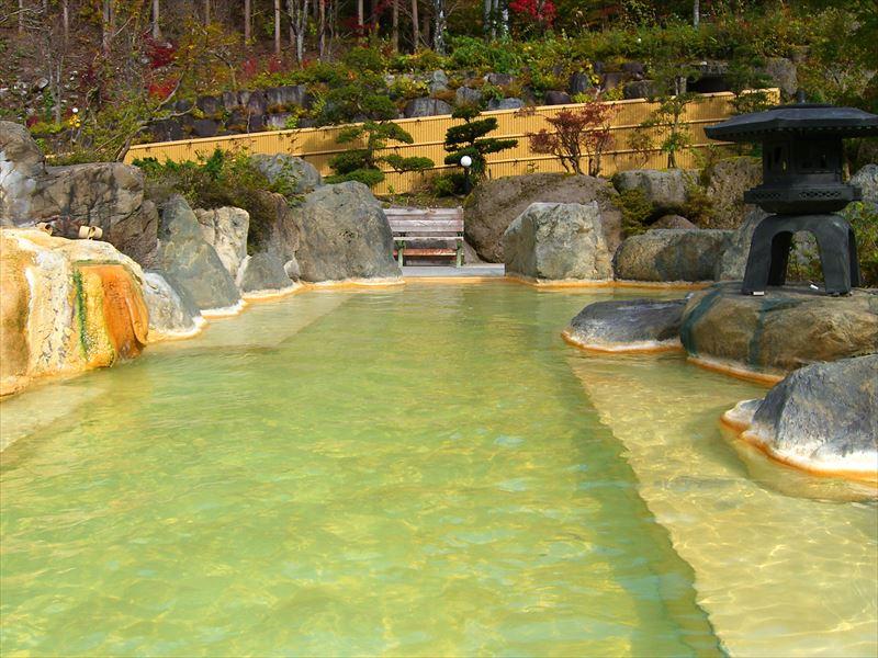 広い混浴露天風呂ゾーンが人気!新平湯温泉 奥飛騨ガーデンホテル焼岳【岐阜県の温泉】