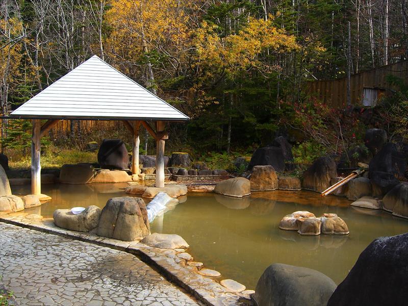 森林浴が気持ち良い!濁河温泉 市営露天風呂【岐阜県の温泉】