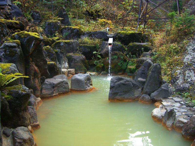 標高1800mで入る混浴の源泉掛け流し!濁河温泉 旅館 御岳【岐阜県の温泉】