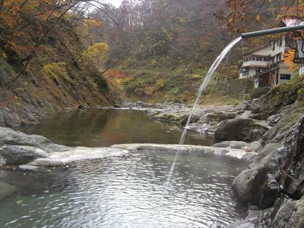 湯の倉温泉 湯栄館